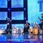 """Силвър и момчетата от оркестър """"Фантазия"""" предизвикаха сензация на полуфинала на """"България търси талант"""""""